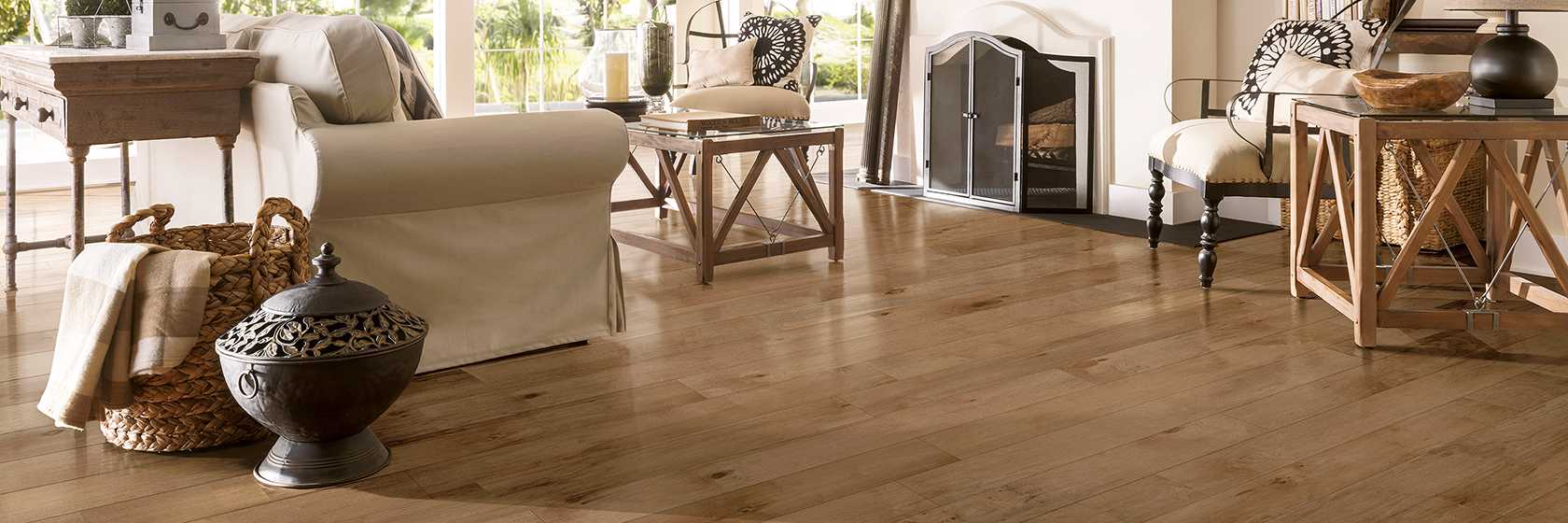 Early Canterbury Maple Engineered Hardwood - Tudor Tan - EMEC72L02S