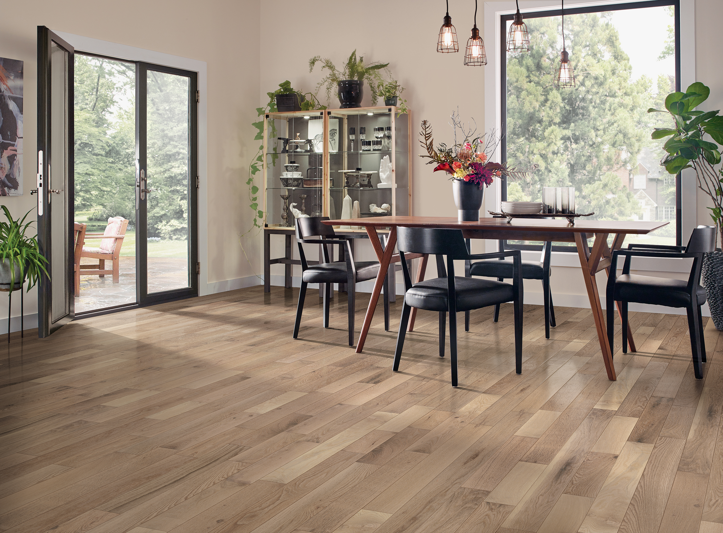 Dundee Inviting Warmth Solid Hardwood CB4230LG
